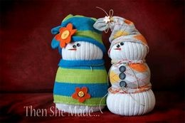 رجال الثلج من الجوارب فكرة عظيمة عن ديكور المنزل في فصل الشتاء