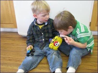 Co zrobić, gdy dziecko gryzie dzieci