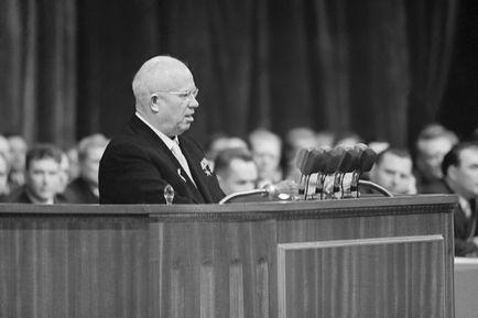 """Przesunięcia historyczne w świadomości Polskiej """"jako zmiana nastawienia do Stalina"""