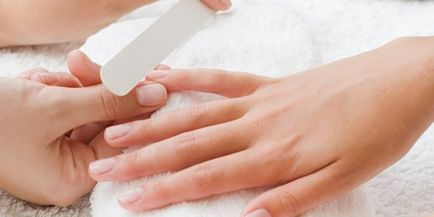Jak przywrócić paznokcie po zbrojeniu w domu, leczeniu pleśni i
