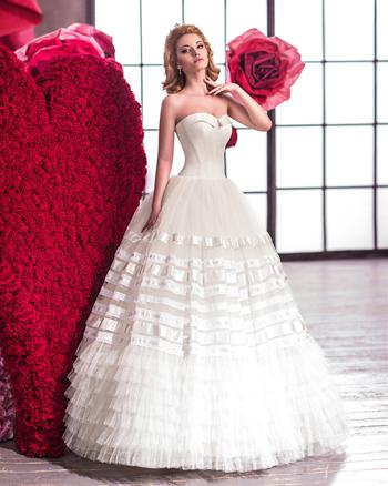 Весільний салон дзеркало