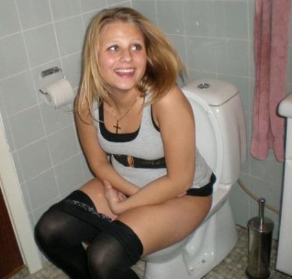 Моя жена в туалете фото