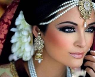 Makijaż W Stylu Bollywood Zdjęcie