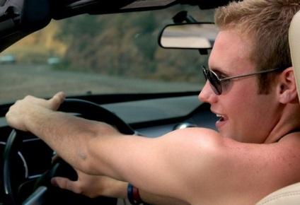 Czy można jeździć z gołym torsem - podczas jazdy