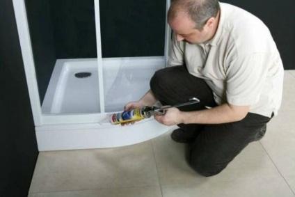 Jak pracować z uszczelniaczem podczas instalacji kabiny prysznicowej