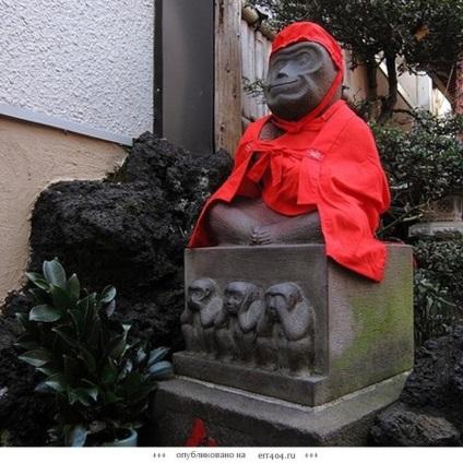 Трьох мудрих мавп насправді чотири!