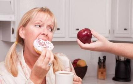 الهدير في المعدة أسبابه وعلاجه لدى البالغين ، وملامح الغليان بعد تناول ما يعنيه و