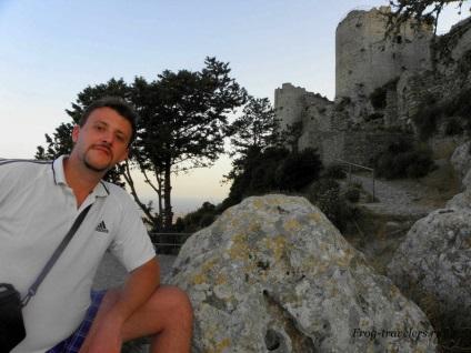 Замок Кантара, або найромантичніший форт північного Кіпру в променях призахідного сонця