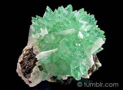 Апофиллит - мінерал властивості апофиллита