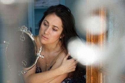 Jak stać się piękniejszym i młodszym z lustrem