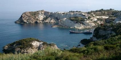 Острів Понца італія як дістатися, готелі, пляжі, дайвінг, фото, відгуки туристів
