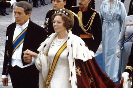 Прихильність ідеям королівської влади в xxi столітті