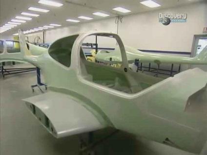 Легкий літак, моделіст-конструктор