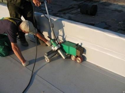 Покрівля з мембрани полімерної на дах і що це таке