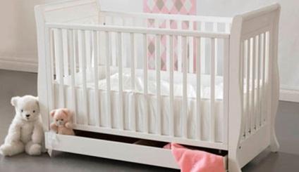 Дитяче ліжко своїми руками - подарунок, зроблений з душею