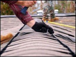 Reparăm acoperișul ardezii.