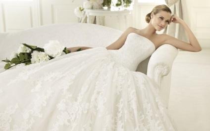 47fdb86553 Honnan tudom méretű menyasszonyi ruha, hogyan kell választani