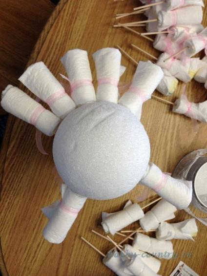 Как сделать букет из памперсов своими руками пошагово 54