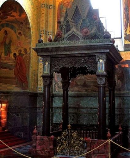 Храм спаса на крові чому храм, зведений за трагічним приводу, має святковий вигляд