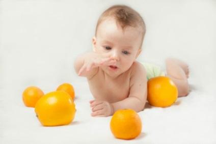 Milyen korban lehet adni a babának narancssárga beadva a csalit, lehetséges, hogy egy év alatt, a lé