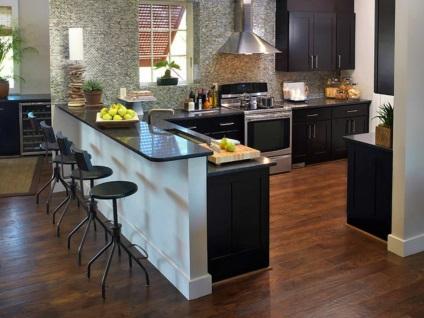 egy kis konyha asztal fotó, kisbútorok, sarok, tervezés, Hruscsov,