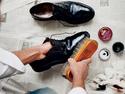 Как почистить замшевую обувь от реагентов