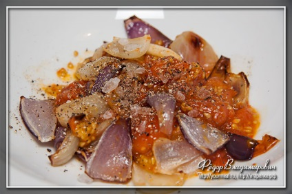 Салат з запеченого болгарського перцю, домашні рецепти
