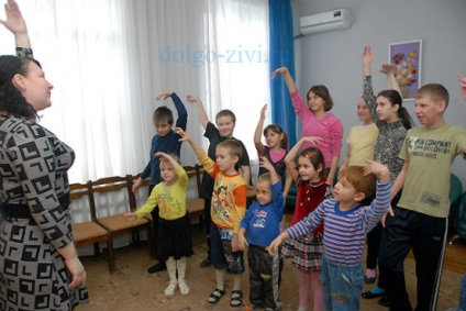 Tantseterapiya gyerekek enyhíti a különböző fizikai és mentális problémák