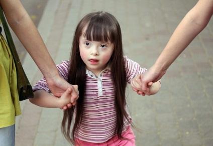 Слабоумство симптоми у дітей, ознаки та лікування хвороби