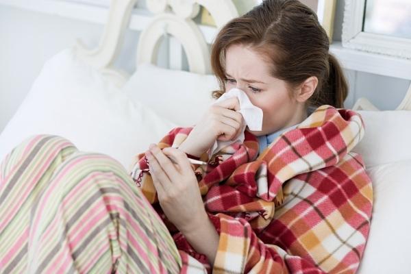 Fehér láz a gyermek és a felnőtt tünetek, okok, kezelés
