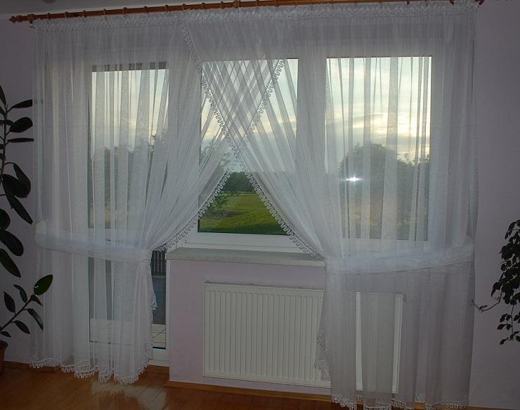 Függöny a szobában, és egy nappali szoba erkéllyel az ablak fotó ...