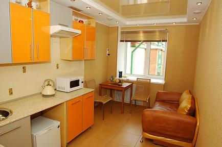 Комбіновані натяжні стелі - характеристики, фото для спальні, залу, кухні, монтаж, ціна з
