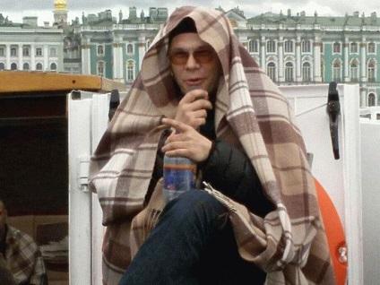Як поводяться туристи в Харкові китайці галасують, американці хихикають, українські плутають лавру з