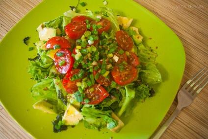 Салат авокадо помидоры рыба