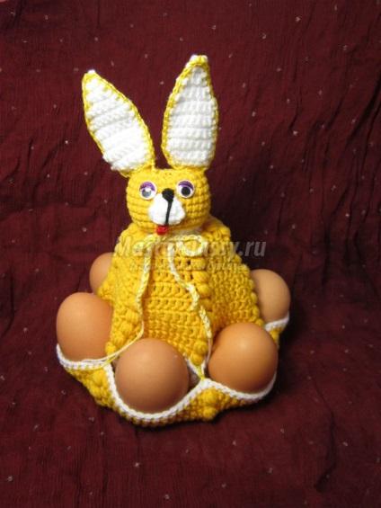 Horgolt húsvéti nyuszi tojás