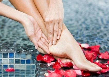 Hogyan kezeljük a lábad tippeket minden lány