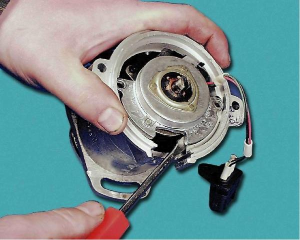 Naprawa tramblera do 2109 własnymi rękami diagnozy awarii, regulacji, wymiany gruczołu, luxvaz