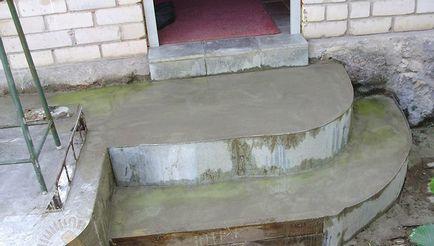 Półkolisty portyk z betonu, drewna, instrukcje jak zrobić własnymi rękami, wideo i zdjęcia