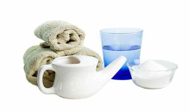 Hogyan mossa ki az orrát sós víz és a sós oldatot otthon