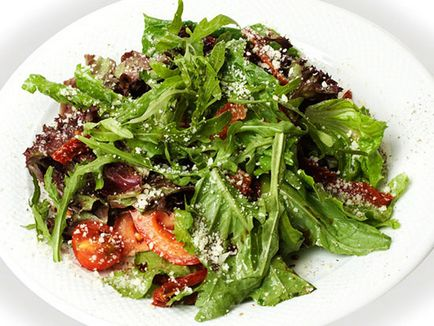 Салата с сушени домати рецепта със снимка