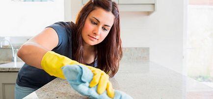 Универсални инструменти, които безпроблемно ще избелват пожълтели пластмаса в хладилника,