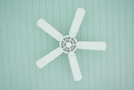 9 начина да се стоплят къщата ефективно и без отопление
