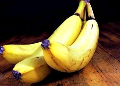 Nutrienţi esenţiali pentru o vedere mai bună. Ce alimente poţi consuma?