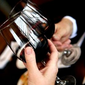 Ar trebui să renunț la consumul de alcool?