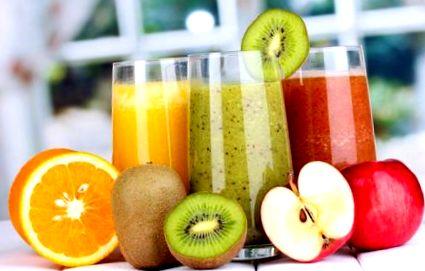 Méregtelenítés gyümölcs és zöldséglevek fogyasztásával - Természetes méregtelenítő gyümölcslevek