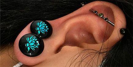 Tunelurile în urechi de întindere tehnici, efecte și fotografie